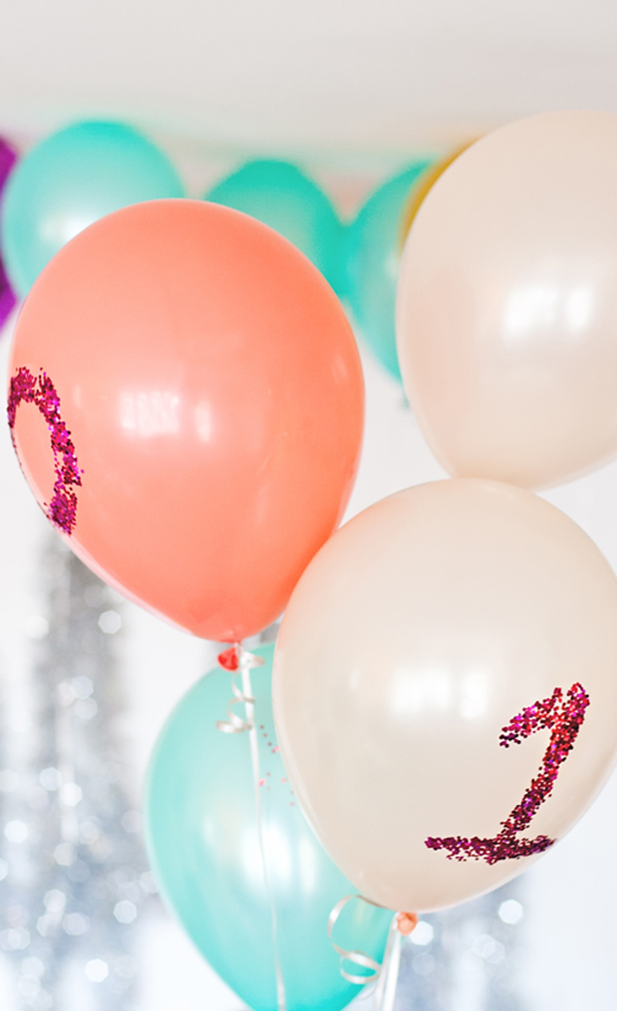 Glitter party balloons