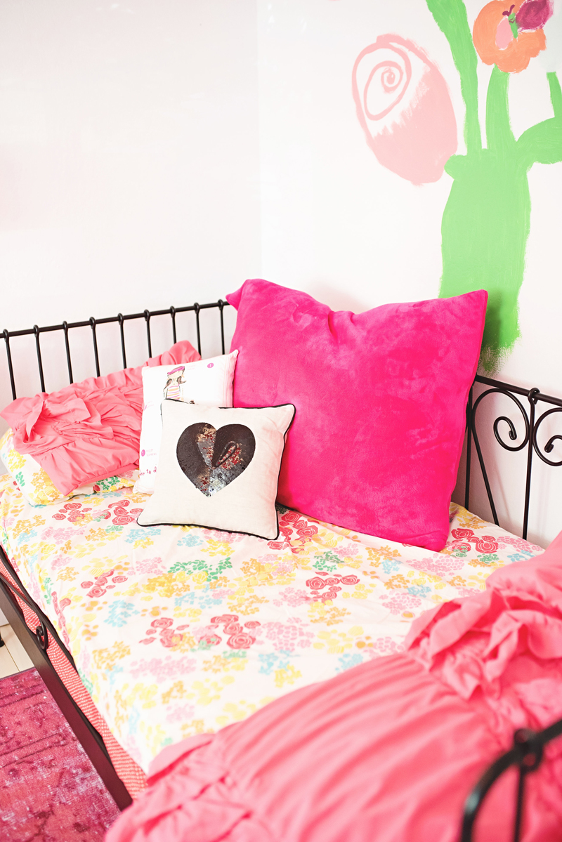 A Budding Artist Girl S Bedroom A Subtle Revelry
