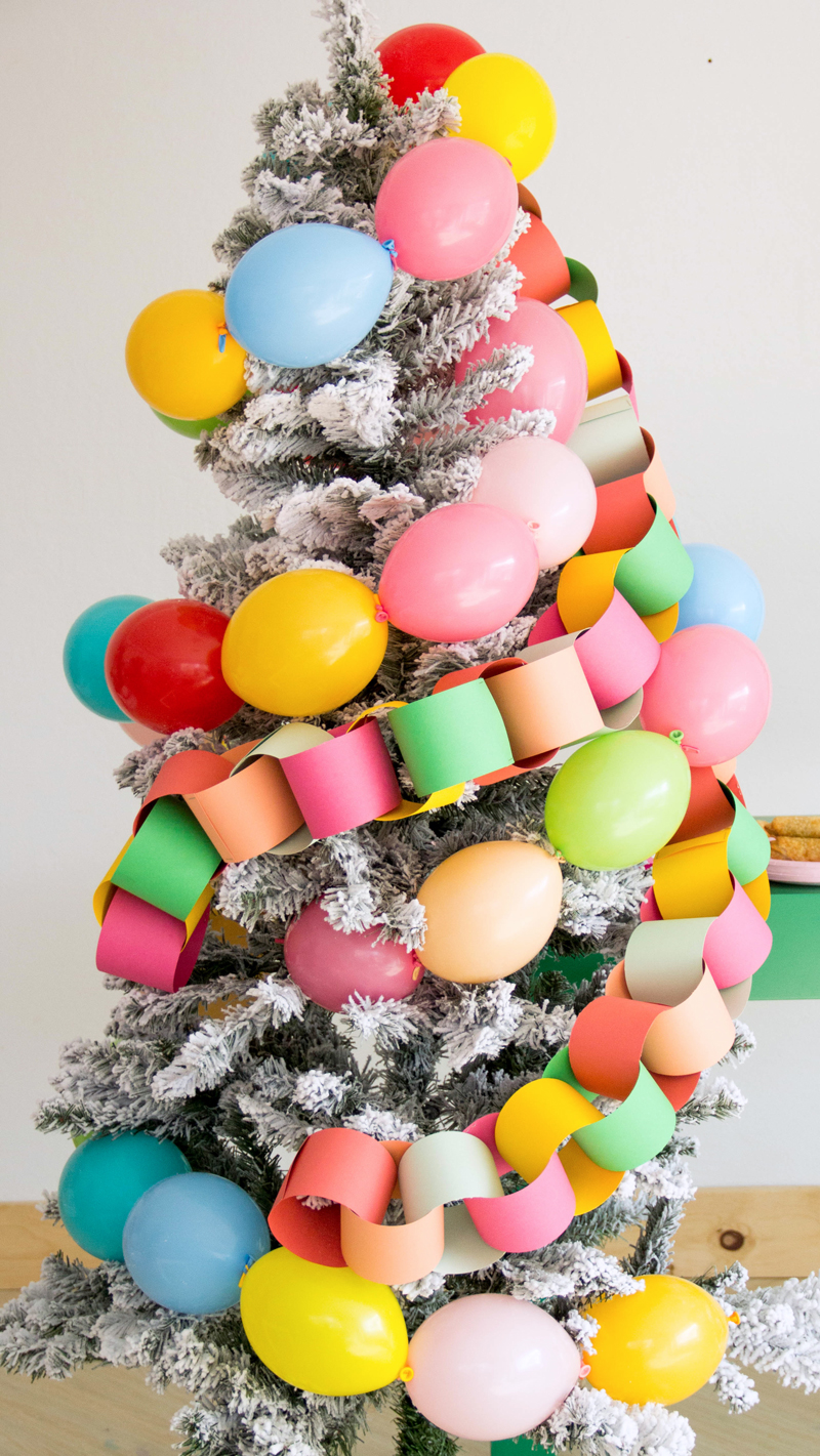 Balloon Ideas for Christmas Decorating