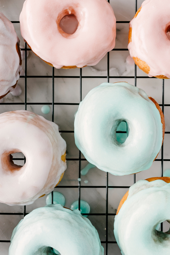 pastel-donuts