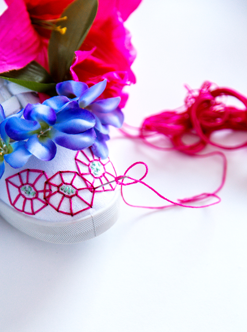 how to embroider shoes