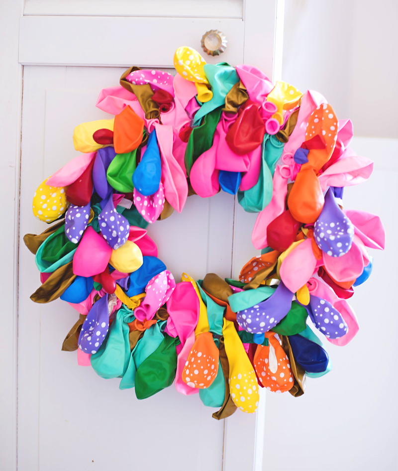 balloon-wreath