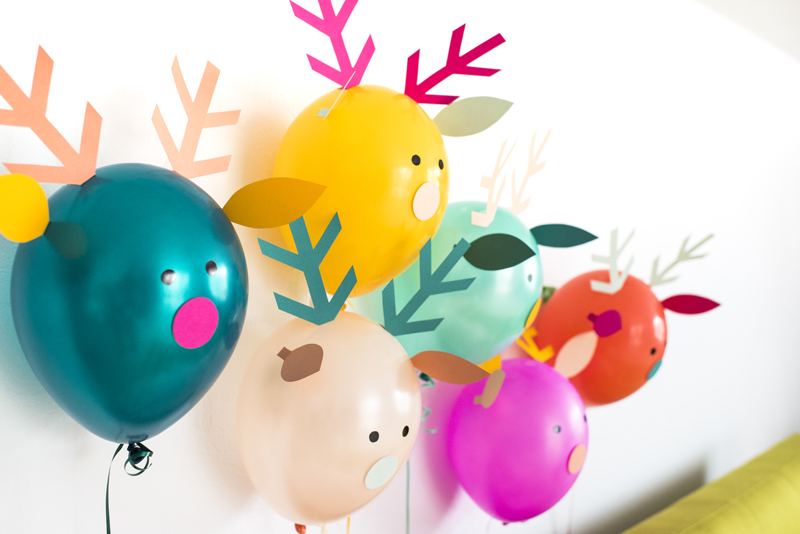 Christmas balloon decorations