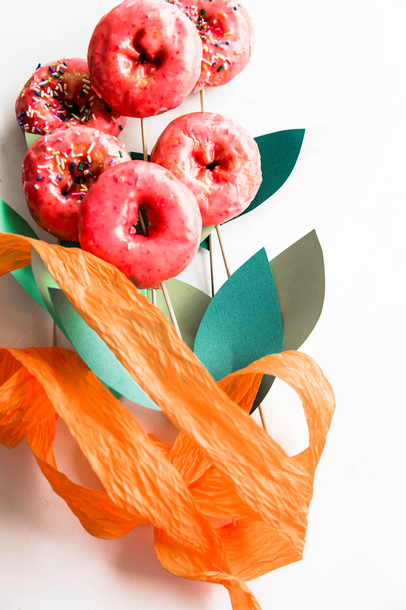 How to make a donut bouquet