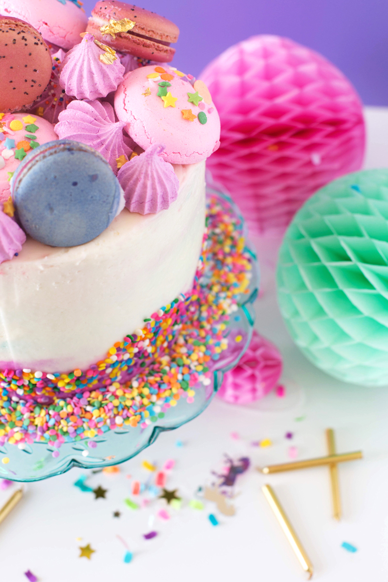 Decorating The Sweetest Birthday Cakes For Girls • A ...
