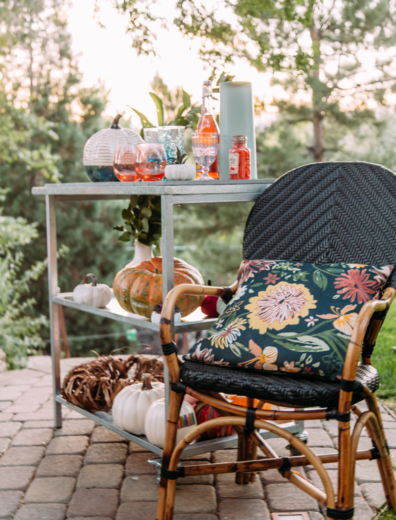 5 fall party tips, bar set up