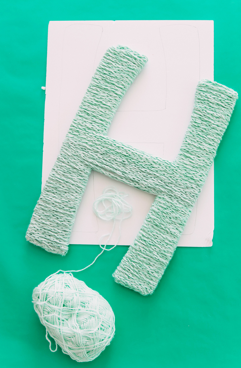 DIY finger knitting steps for home decor