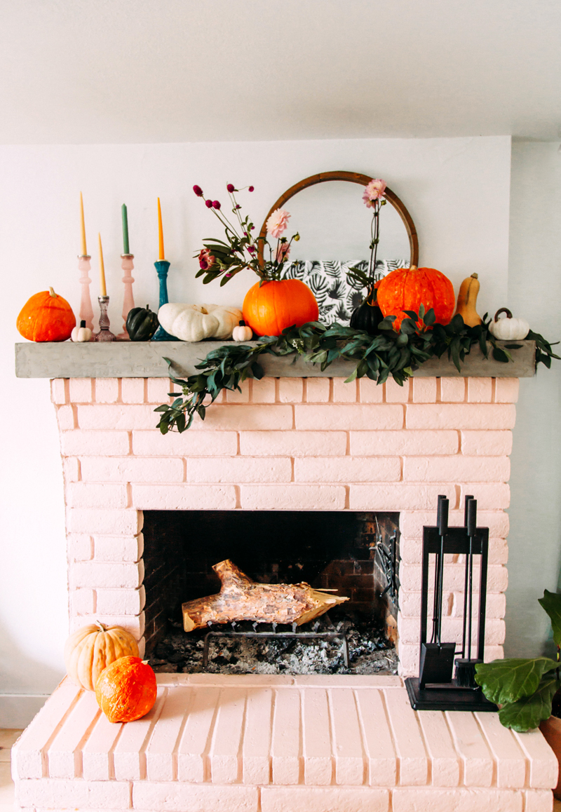 Fall home decor ideas with pumpkins