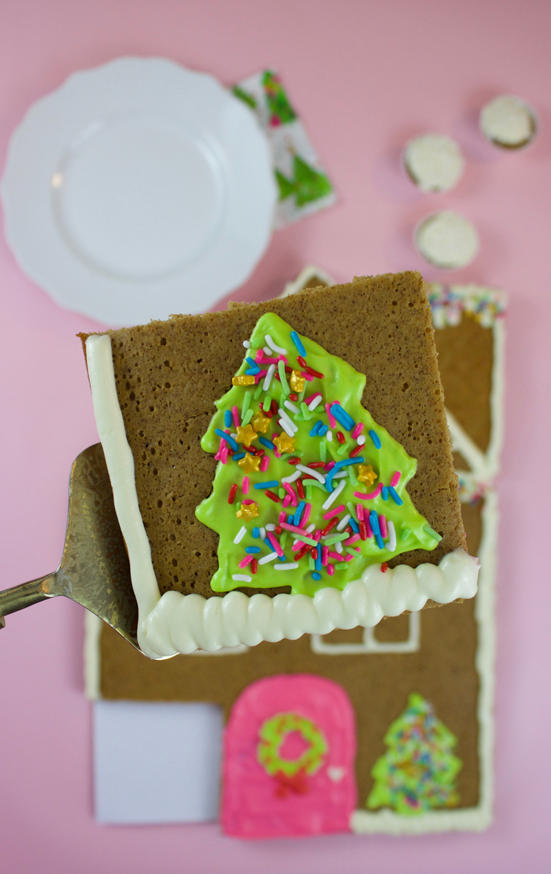 Gingerbread sheet cake for Christmas