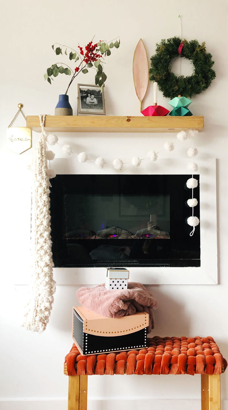 How to decorate an electric fireplace for Christmas
