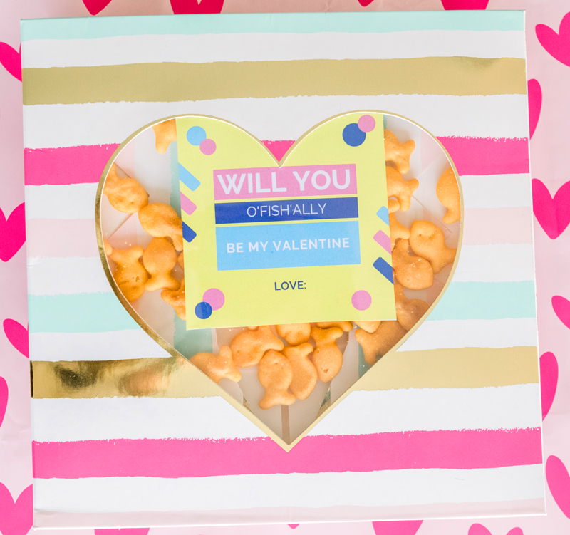 How to make valentines with goldfish step-by-step