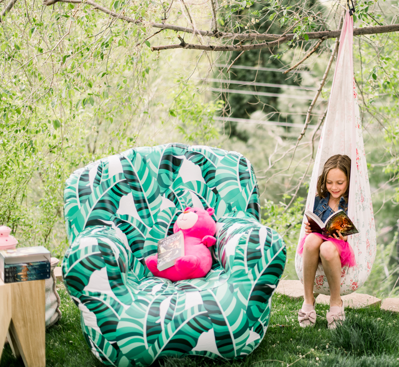 kids outdoor reading corner